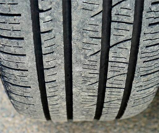 ¿Qué hacen con los neumáticos en un desguace?